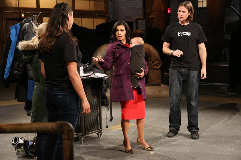Make my bellyfit - a jacket extender for your maternity & baby carrying days. No need for Maternity coats. Manjit Minhas partners with Bellyfit on CBC Dragons Den