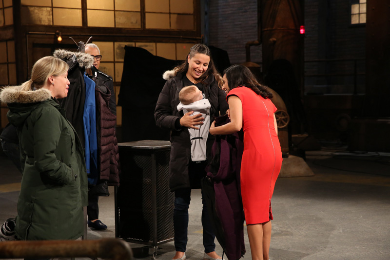 Manjit Minhas makes a deal with Make my Bellyfit on CBC Dragons' Den