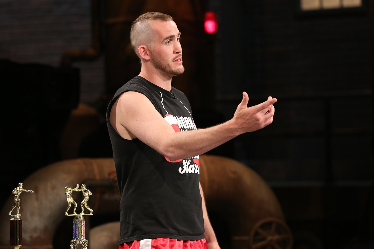 Dillon Big Country Carman pitches on CBC Dragons' Den - Manjit Minhas invests in the Canadian Athlete and Heavyweight Champion boxer