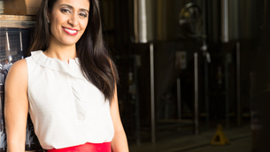 Manjit Minhas partners with PARTYSKIRTS on CBC Dragons Den